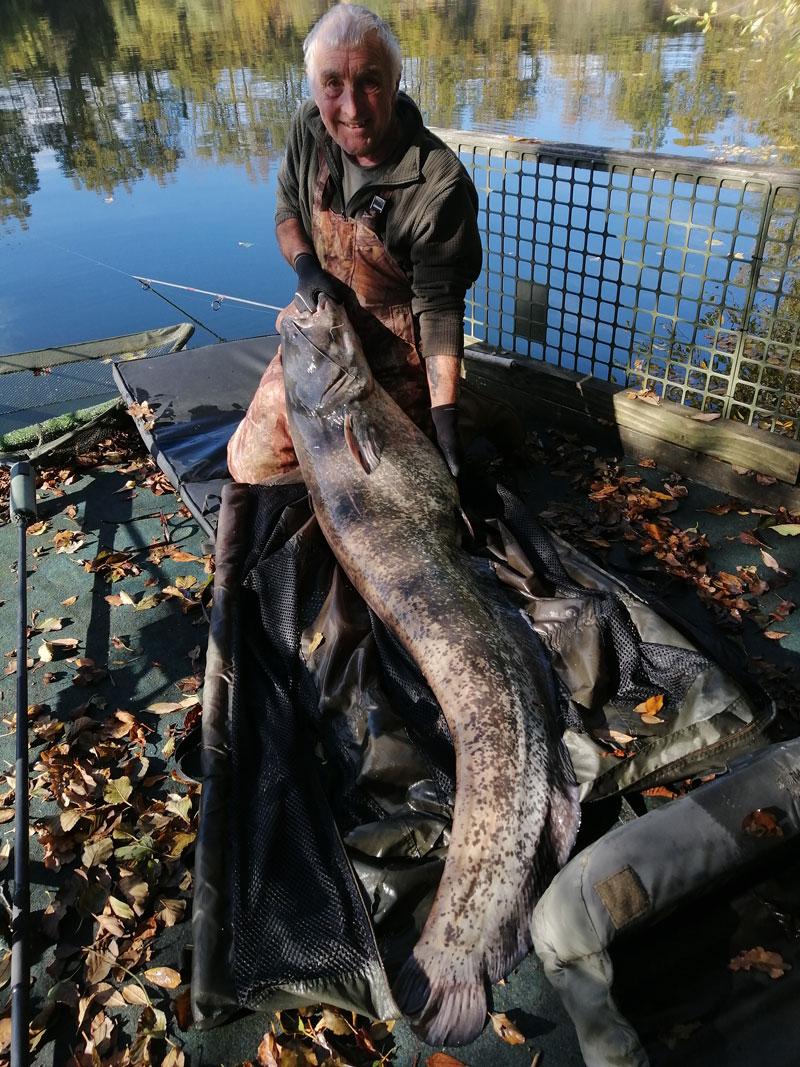 big fishing lakes France